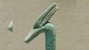7_Egyptian_staff_with_pterodactyl_head